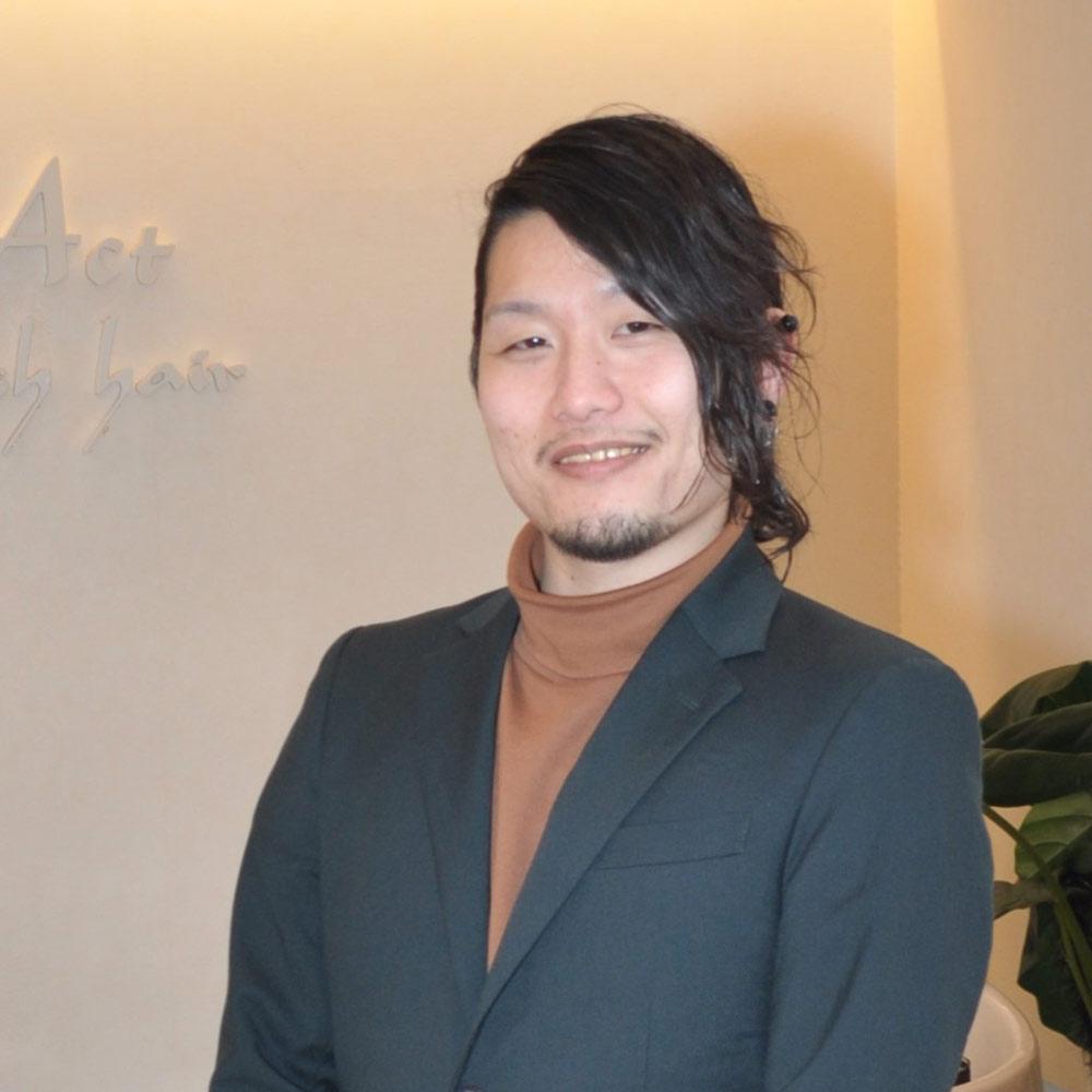 Chief Stylist 塚本 聖悟